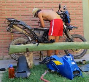 Fixing moto